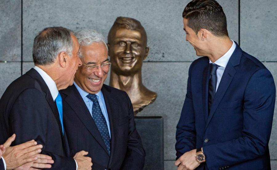 Popiersie Ronaldo