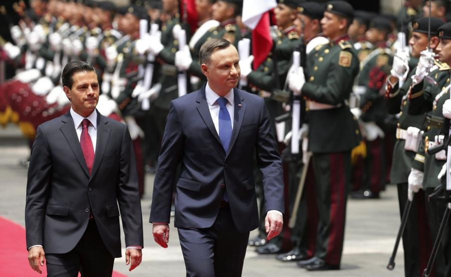 Prezydent Meksyku Enrique Pena Nieto i prezydent Polski Andrzej Duda