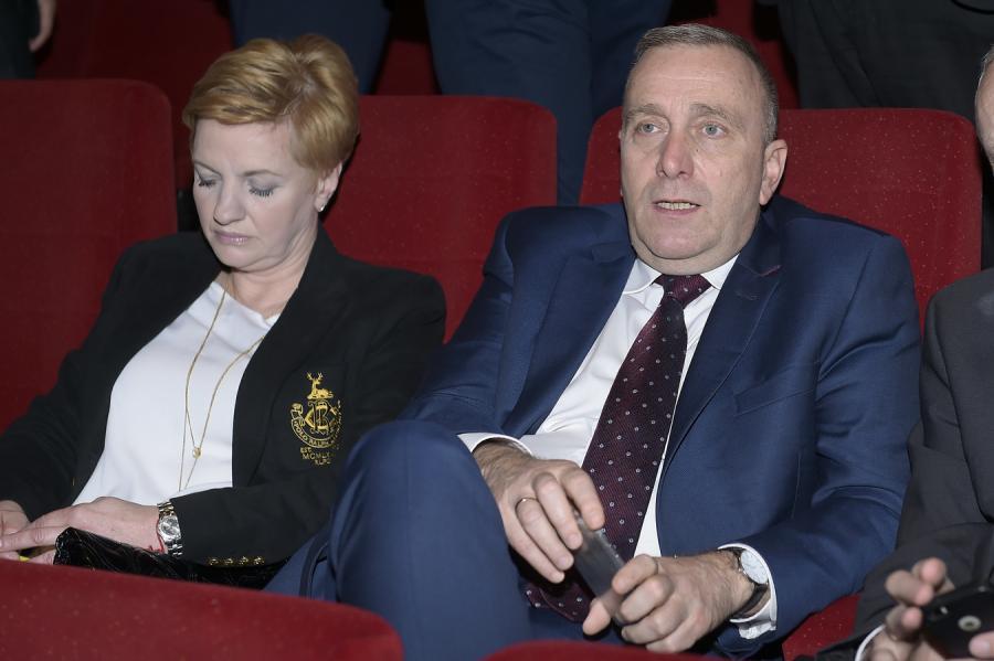 """Grzegorz Schetyna na premierze filmu """"Gwiazdy"""""""