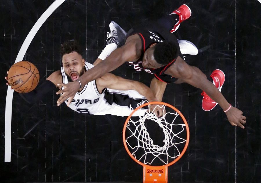 Clint Capela i Patty Mills