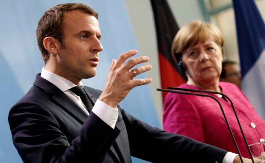 Emmanuel Macron i Angela Merkel