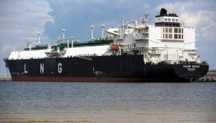 Clean Ocean z ładunkiem LNG w Świnoujściu