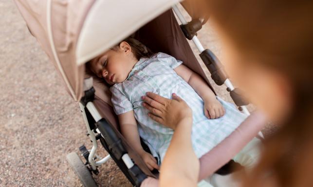 Na czym polega zespół dziecka potrząsanego?