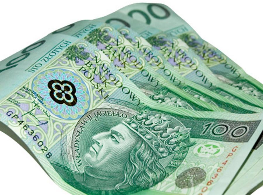 Bank każe nam płacić tysiące złotych prowizji