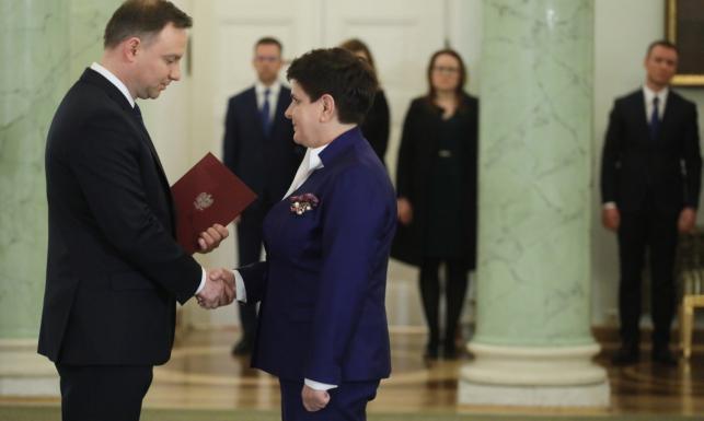 Tak Polacy oceniają pracę prezydenta, Sejmu i Senatu. Ilu przeciwników i zwolenników rządu? SONDAŻ
