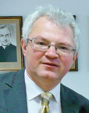 dr hab. Marek Dobrowolski