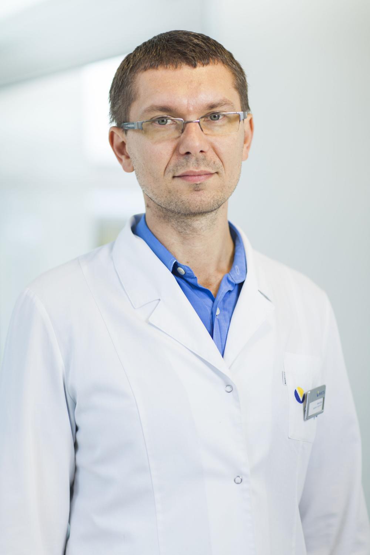 dr Adam Gronowski