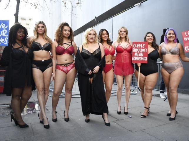 Protest modelek plus size na tygodniu mody w Londynie