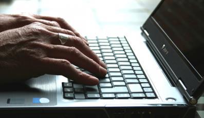 140 tysięcy podatku za handel w internecie