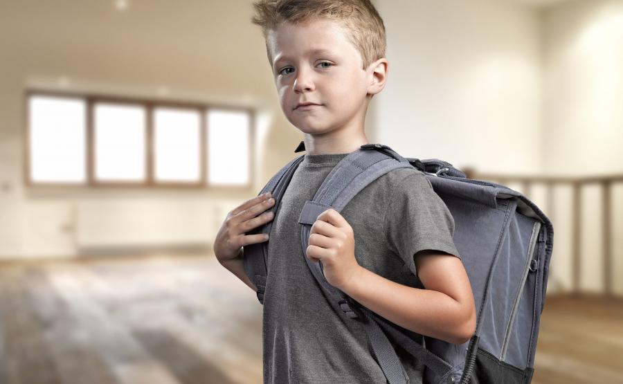 Ciężki plecak szkolny