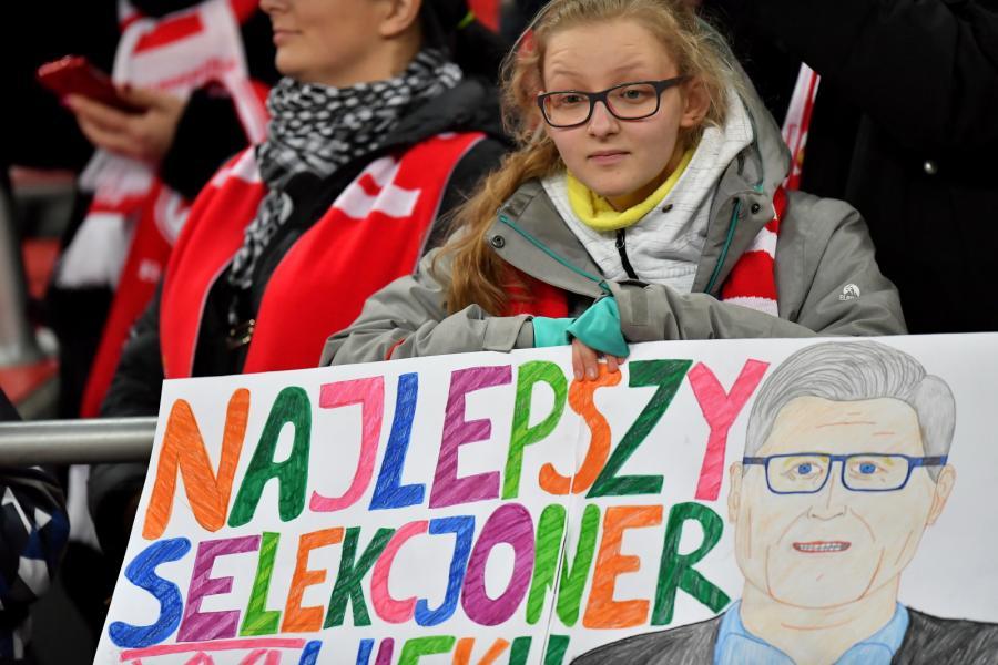Kibice piłkarskiej reprezentacji Polski podczas towarzyskiego meczu z Nigerią