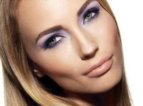 Avon - makijaż na sezon jesień/zima 2009/2010