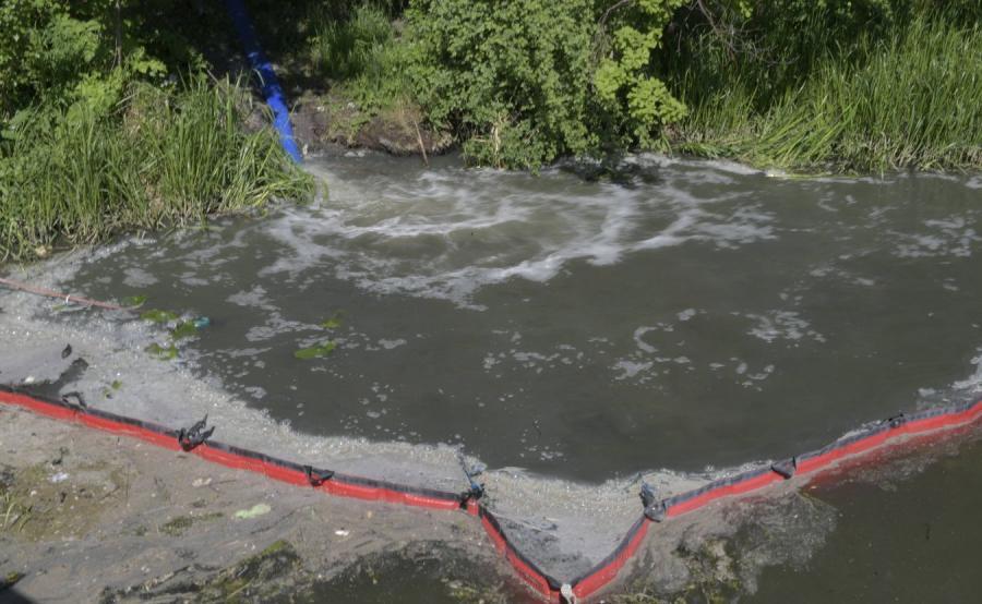 Przepompownia Ścieków Ołowianka zrzuca zanieczyszczenia wodociągowo-kanalizacyjne do Mołtawy w Gdańsku