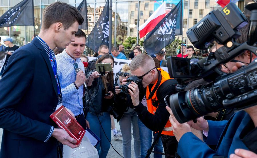 Manifestacja członków i sympatyków Młodzieży Wszechpolskiej