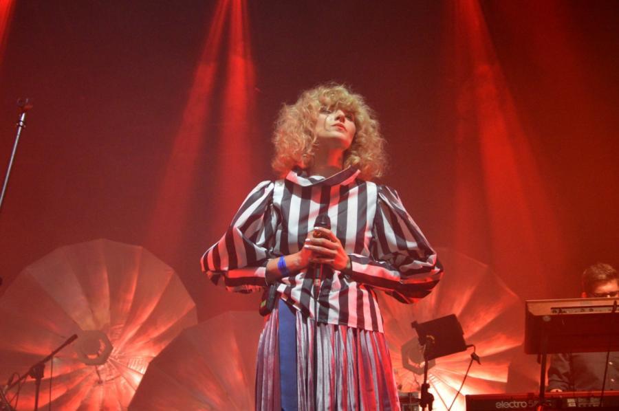 Mela Koteluk podczas Orange Warsaw Festival. 2 czerwca 2018