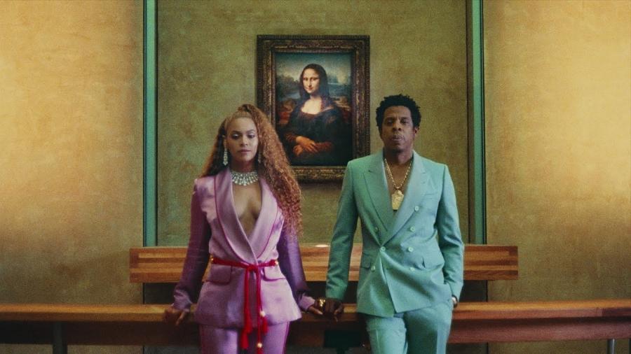 """Jay-Z oraz Beyonce w Luwrze. Kadr z klipu """"Apeshit"""""""