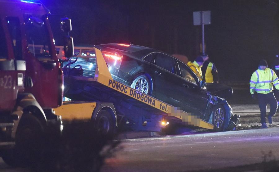 Rządowe Audi A8L po wypadku w Oświęciumiu