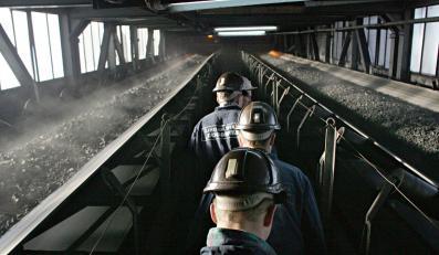 Zabrakło na podwyżki, 400 tys. zł poszło na pamiątki dla górników