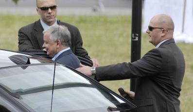 Prezydent pod okiem prywatnych ochroniarzy