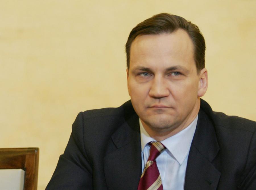 Sikorski: Wizyta Putina musi być wyjątkowa