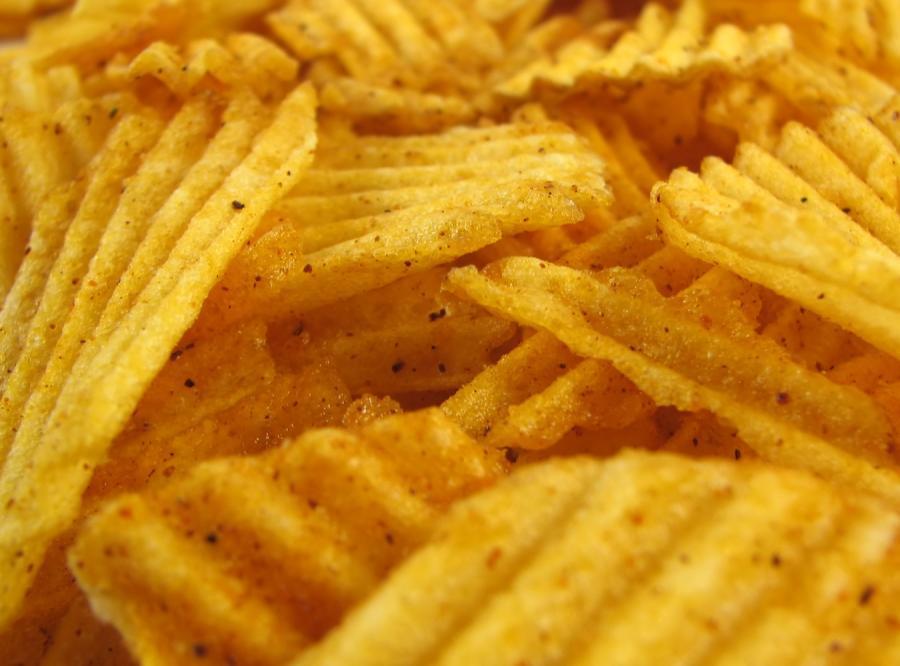 Polacy dowiedli: chipsy szkodzą sercu