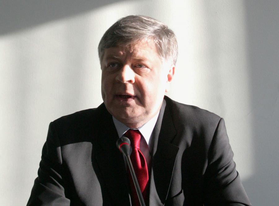 Szmajdziński: Farfał jeszcze porządzi