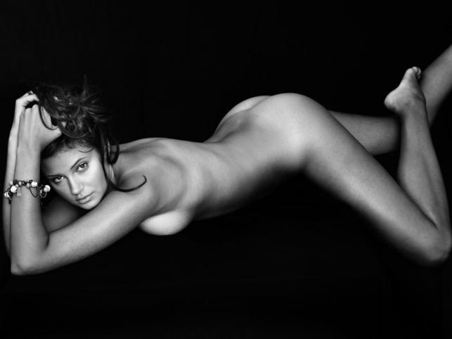 Piękne akty dziewcząt z Top Model