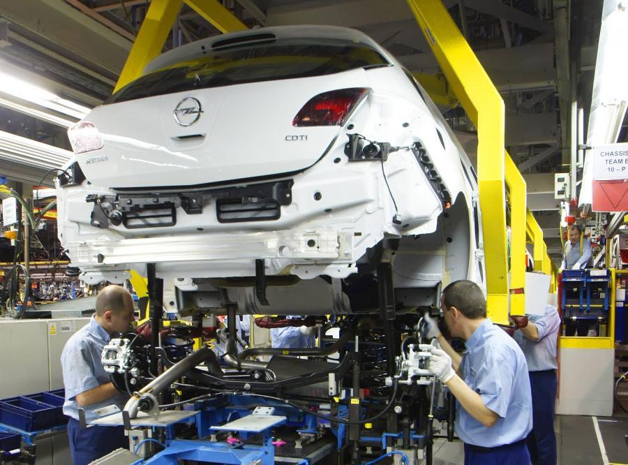 Fiat produkuje najwięcej. Opel w górę jak szalony