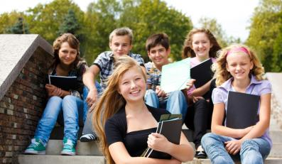 Rekrutacja do gimnazjów to dla wielu uczniów i ich rodziców droga przez mękę