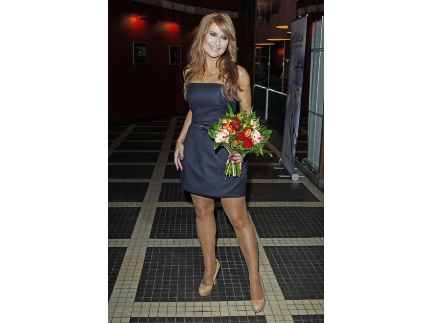 Katarzyna Skrzynecka na swoim koncercie w Teatrze Bajka prezentowała fantastyczną figurę