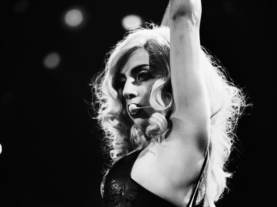 Lady Gaga śpiewała i przemawiała na paradzie mniejszości seksualnych