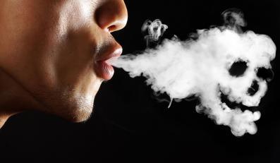 Palenie tytoniu jest przyczyną śmierci 695 tys. ludzi rocznie