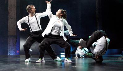 """""""Beat the world"""" – taniec w głównej roli"""