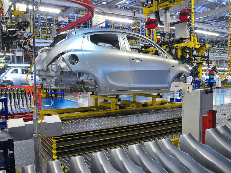 Fiat topi zatrudnienie. 10 tysiecy osób straci pracę?