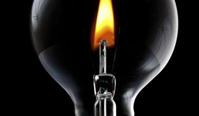 Niektóre firmy zapłacą za prąd mniej