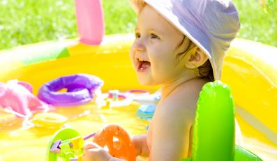 W Stanach Zjednoczonych co pięć dni w baseniku tonie dziecko