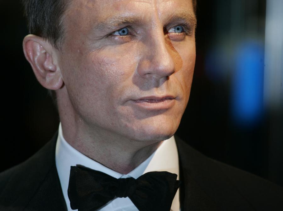 James Bond musi... przytyć
