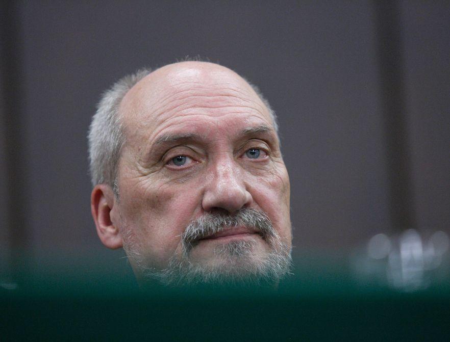 Macierewicz: Miller nie dopełnił obowiązków ws. wizyty prezydenta w Katyniu