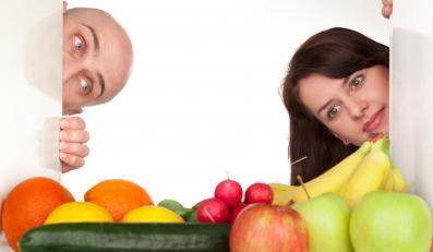 W Polsce najpopularniejszym sposobem zapobiegania przeziębieniom jest jedzenie dużej ilości owoców i warzyw