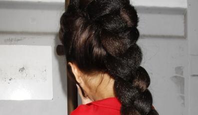 Sztuczne włosy znowu modne?