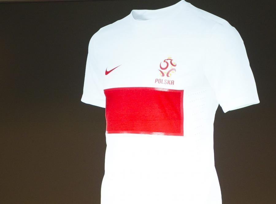 W takich koszulkach będą grali Polacy