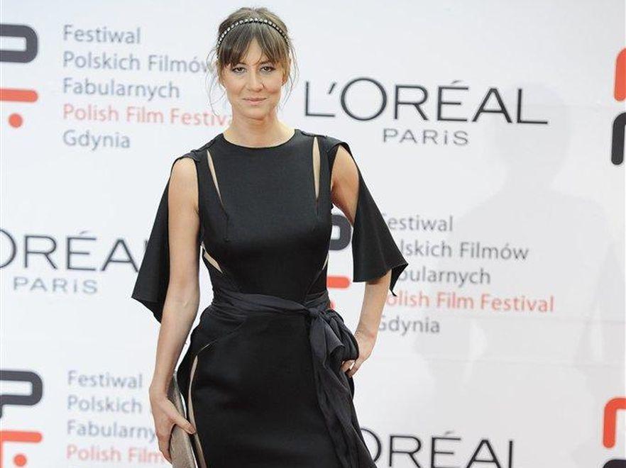 Maja Ostaszewska w kreacji Gosi Baczyńskiej na festiwalu filmowym w Gdyni