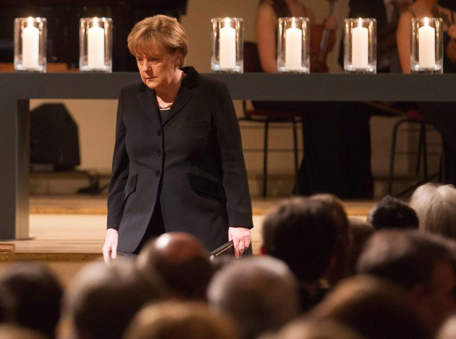 Kanclerz Niemiec Angela Merkel na uroczystości ku pamięci ofiar neonazistów