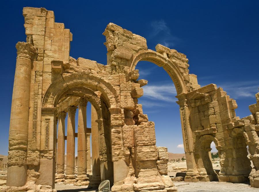 Syryjskie zabytki obracają się w ruinę