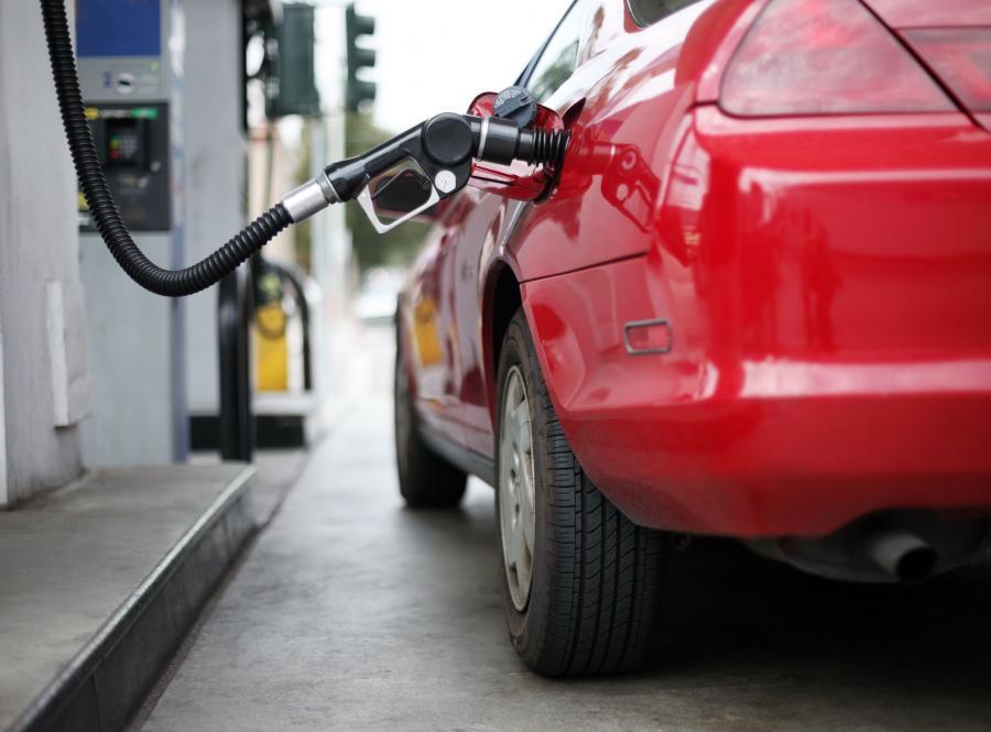 paliwo stacja benzyna tankowanie