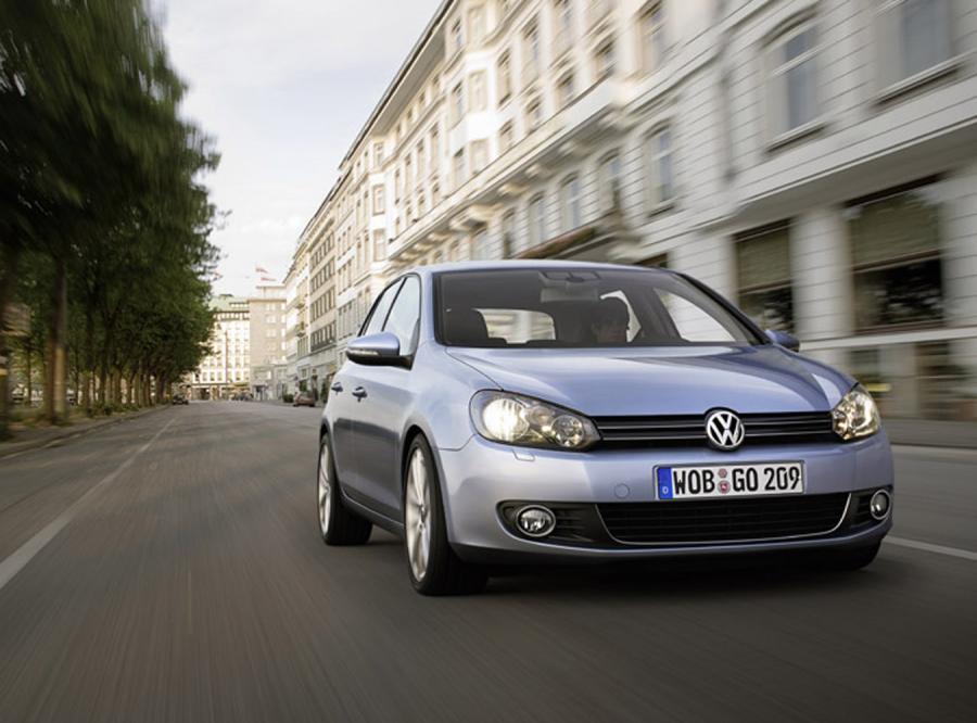 Zobacz, co nowy VW Golf VI kryje w środku