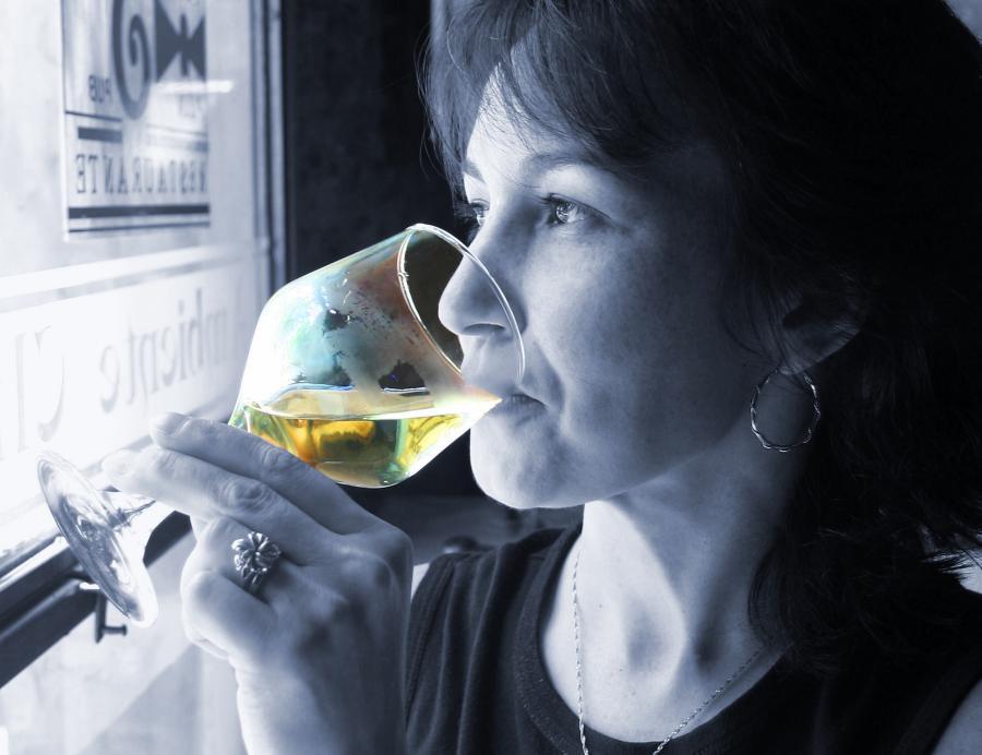Sztuczny język do testowania wina, somelierzy bez pracy?