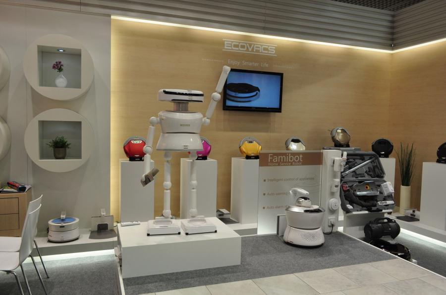 Roboty Ecovacs gotowe do pracy