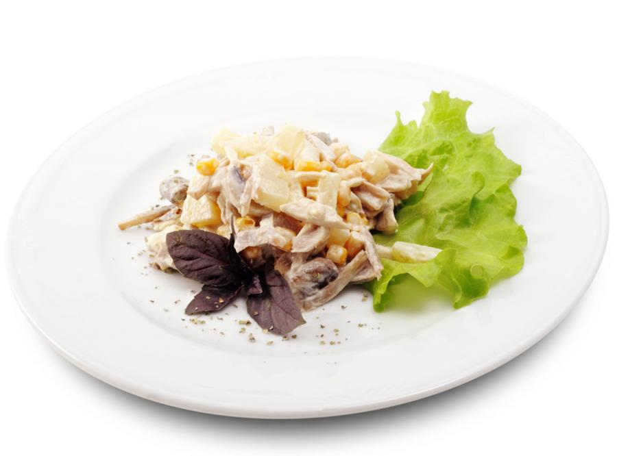 Karnawałowa sałatka dla lubiących zjeść