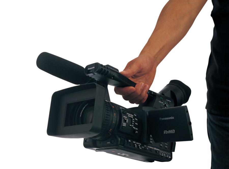 Kamera dla filmowców amatorów nieźle odchudzona i miła w dotyku